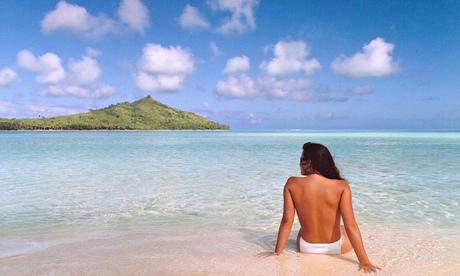"""""""Jennifer In Paradise"""" - La première photo passé par Photoshop."""